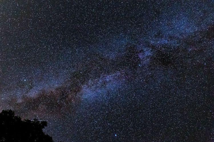 Wer will, kann aus den Sternenkonstellationen alles mögliche herauslesen, es gibt keine Gegenbeweise. So müssen Horoskope entstanden sein